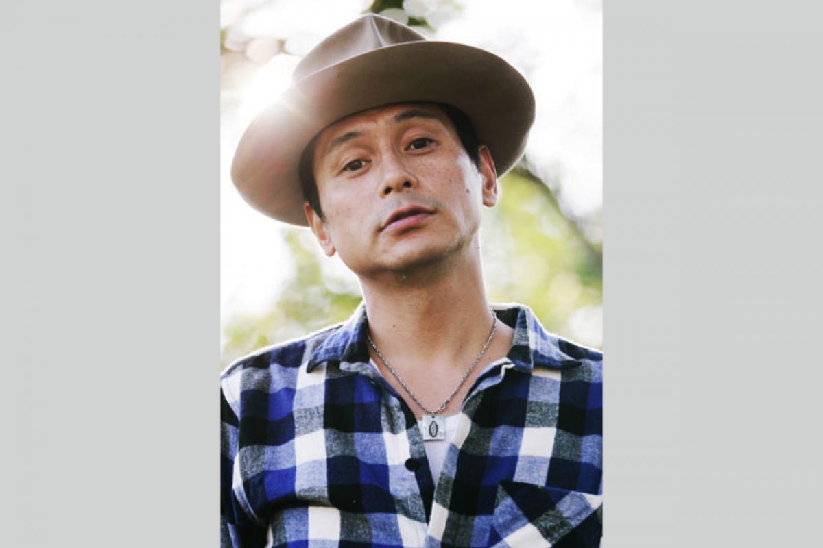 watanabe toshimi_profile_photo_yoko